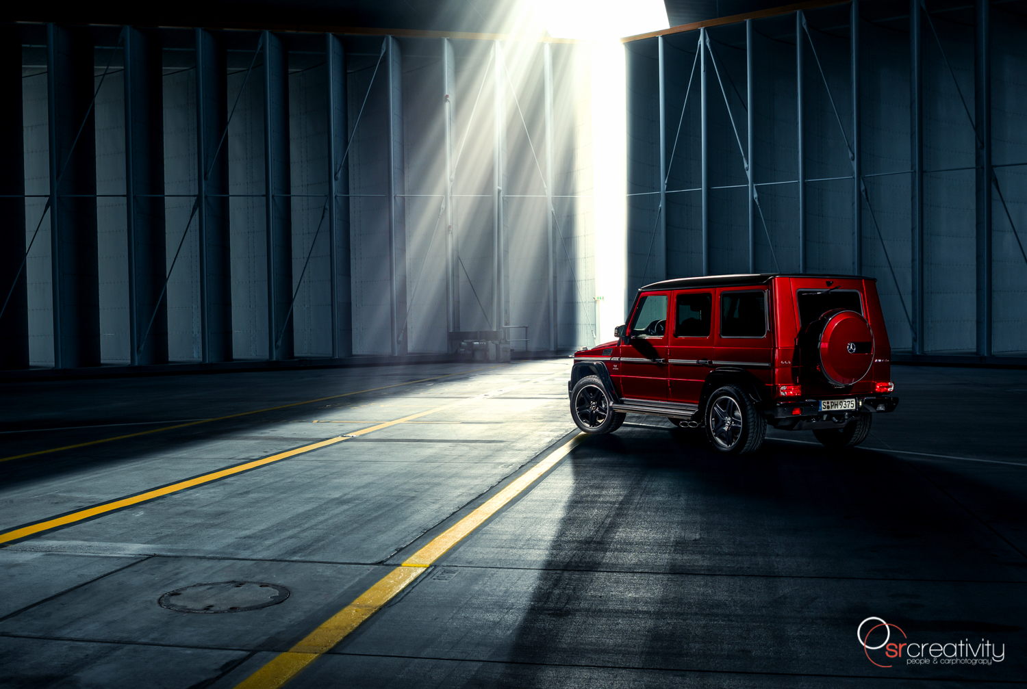 Mercedes-AMG_G63_Crazy-Color-01